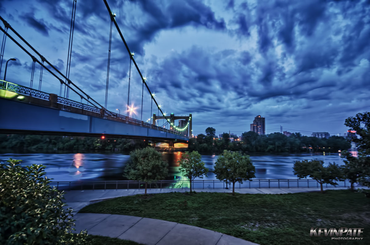 Hennepin Avenue Bridge - Minneapolis, MN